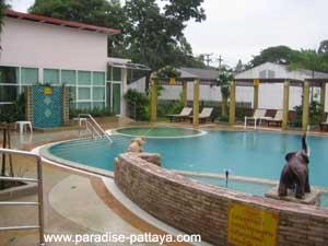 pool at blind man massage parlor pattaya