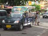 jomtien beach road baht bus