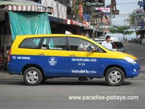 getting around pattaya metered taxi