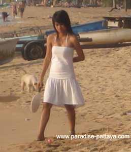 pattaya beach girls