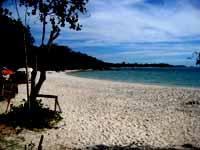 retire in thailand to beautiful beaches