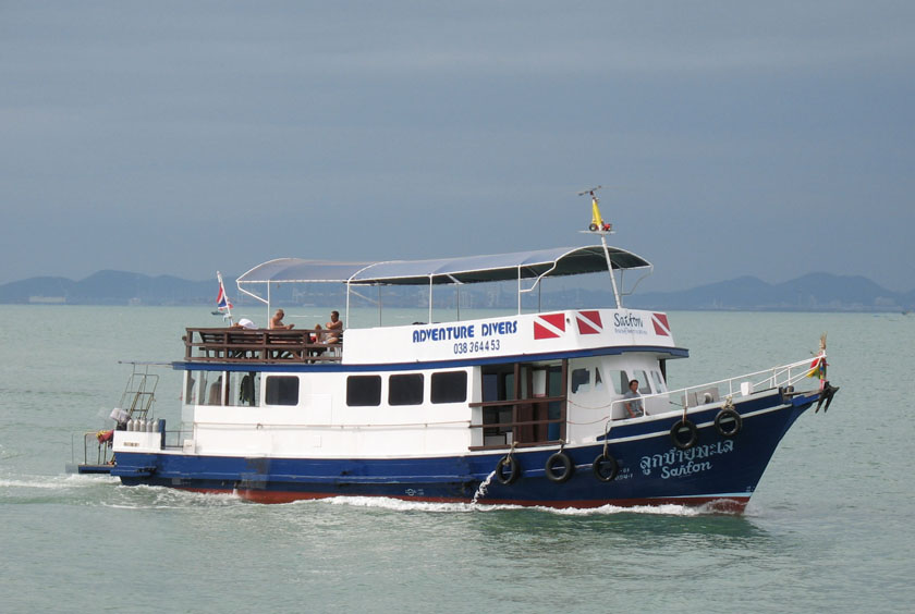 scuba dive from this boat the 'Saifon'