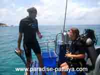 one on one diving pattaya scuba instruction