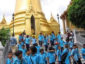 thai first names to school children