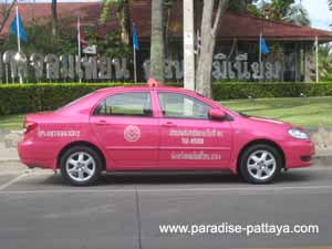 getting around pattaya metered taxi
